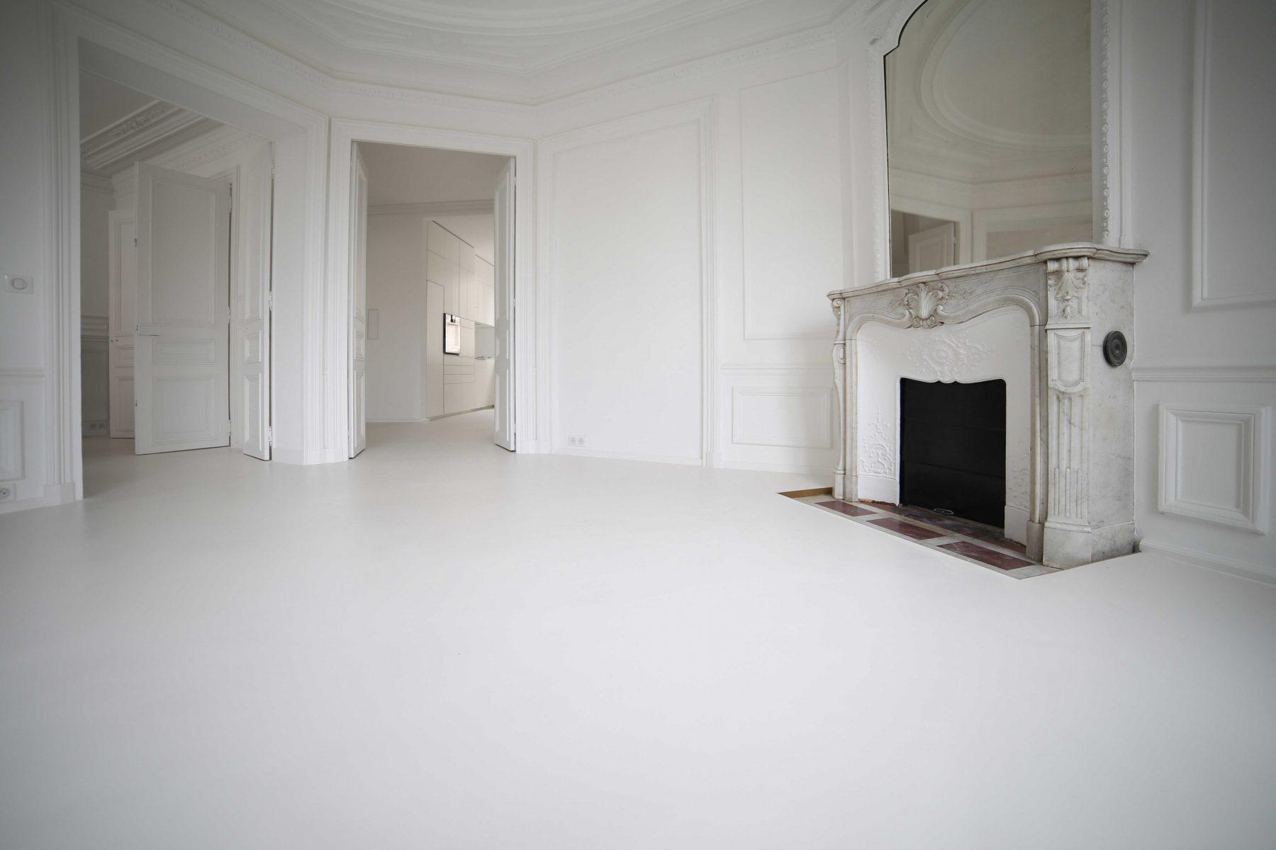 Béton ciré taloché Décaum Paris 3 appartement blanc