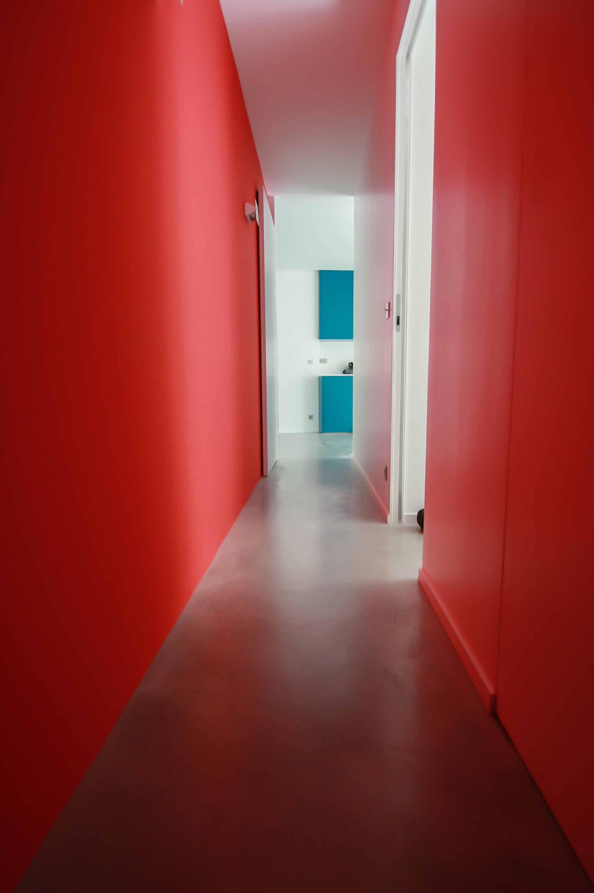Sol Béton ciré autolissant Décaum Paris couloir